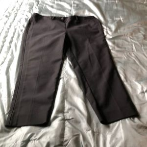 Slim ankle pant with 23 inch inseam